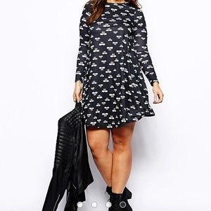 ASOS CURVE Exclusive Swing Dress In Swan Print